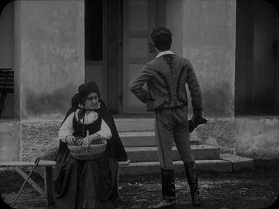 A Tolonc / The Undesirable (1915)