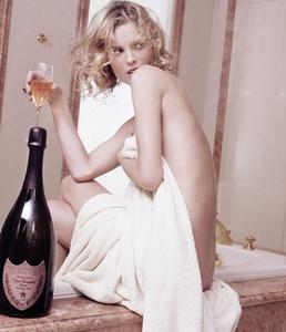 Eva Herzigova - Champagne Photoshoot