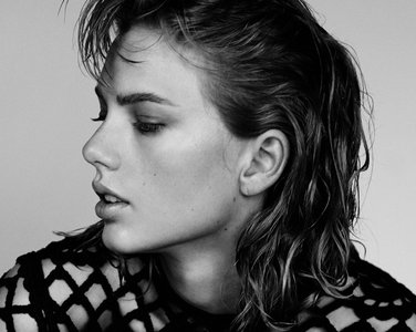 Taylor Swift by Thomas Whiteside for Wonderland November/December 2014