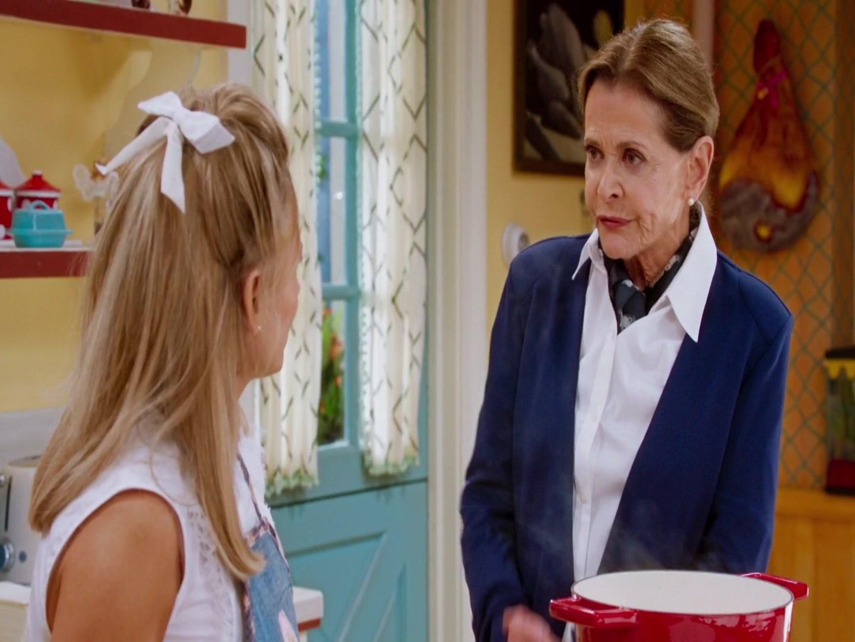 At Home with Amy Sedaris S02E07