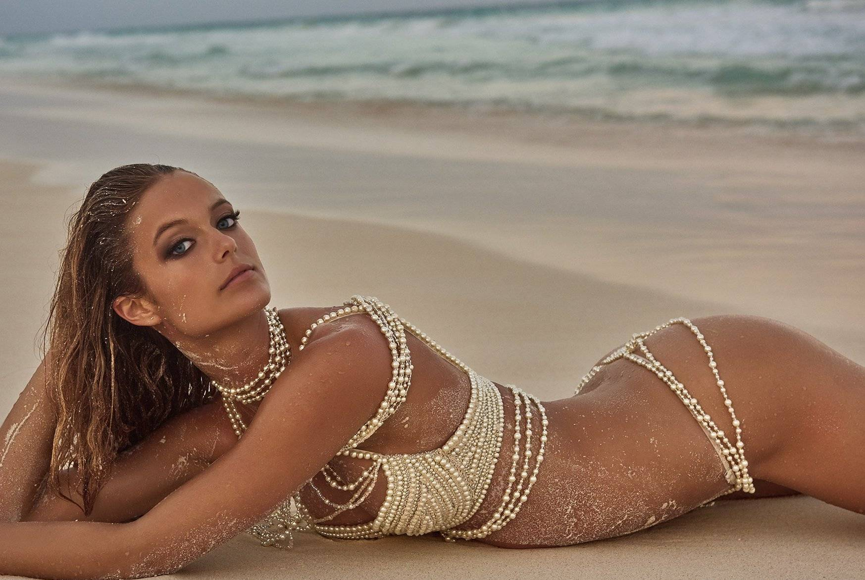 Kate Bock by Ruven Afanador in Mexico for Sports ...