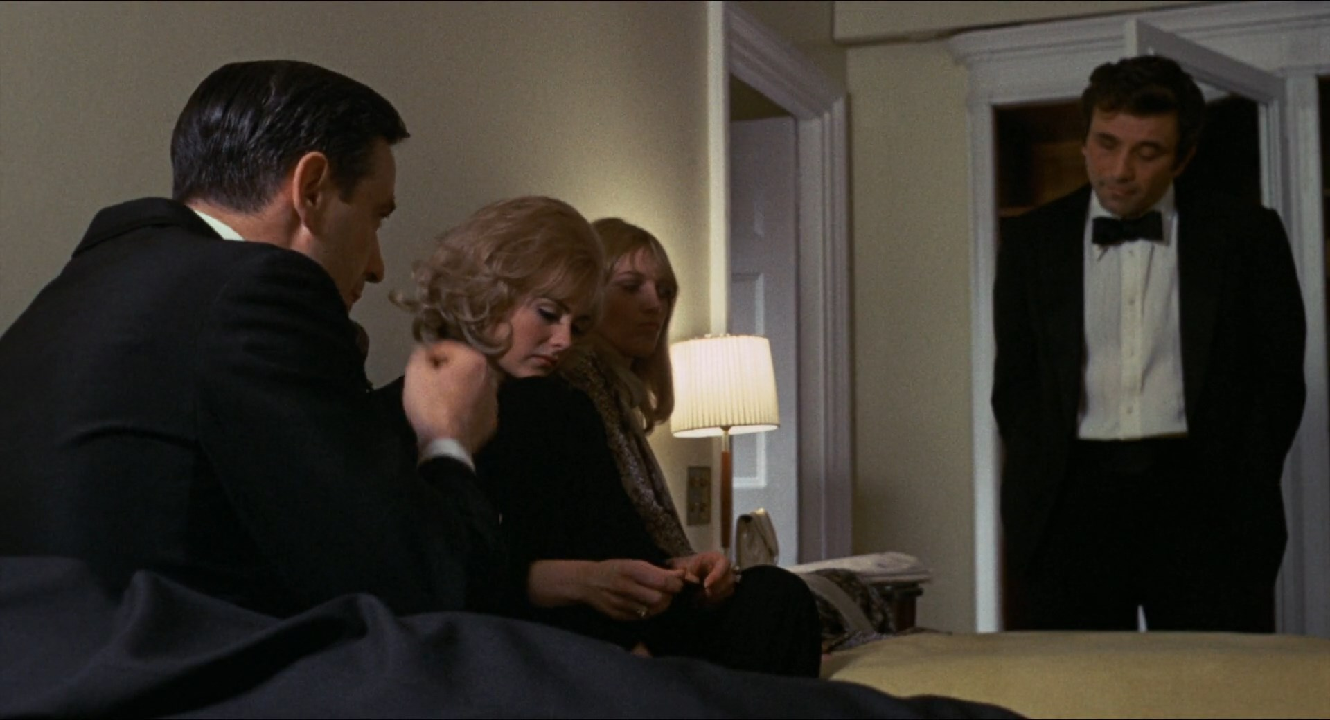 Husbands (1970) [Criterion Collection] / AvaxHome