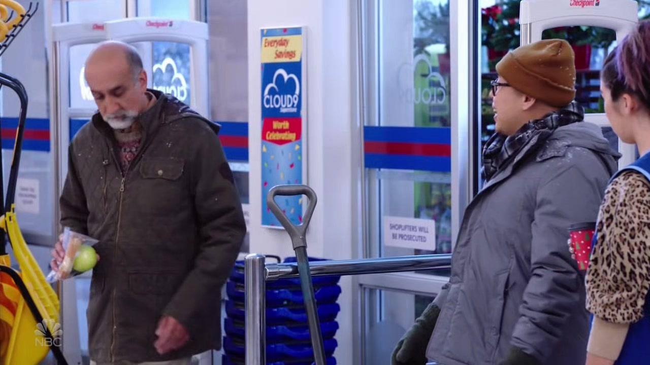 Superstore S04E08