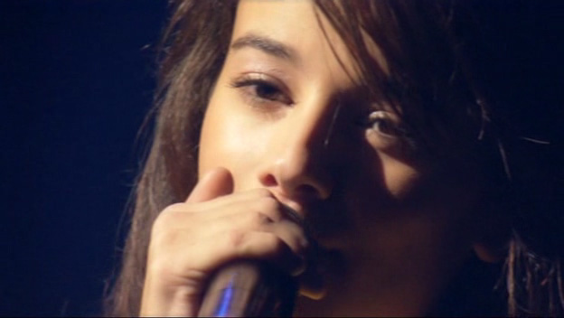 Alizee En Concert - Video 2004