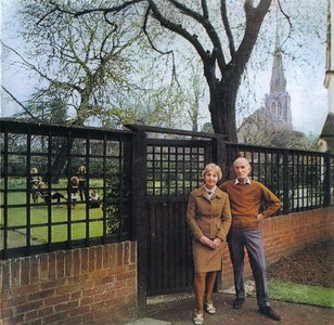 Fairport Convention - Unhalfbricking (1969) Expanded Remastered Reissue 2003 [Re-Up]