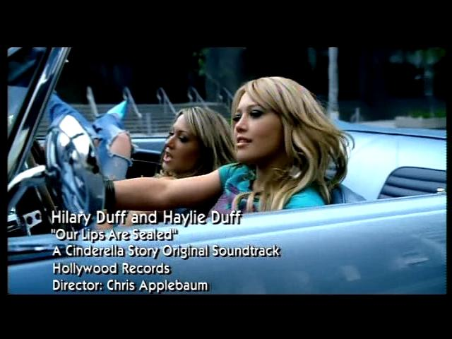 VideoClip Hilary Duff ft Hailey Duff - Our Lips Are Sealed 2004