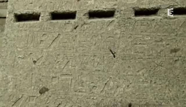 (Fr5) La cité oubliée d'Égypte (2011)