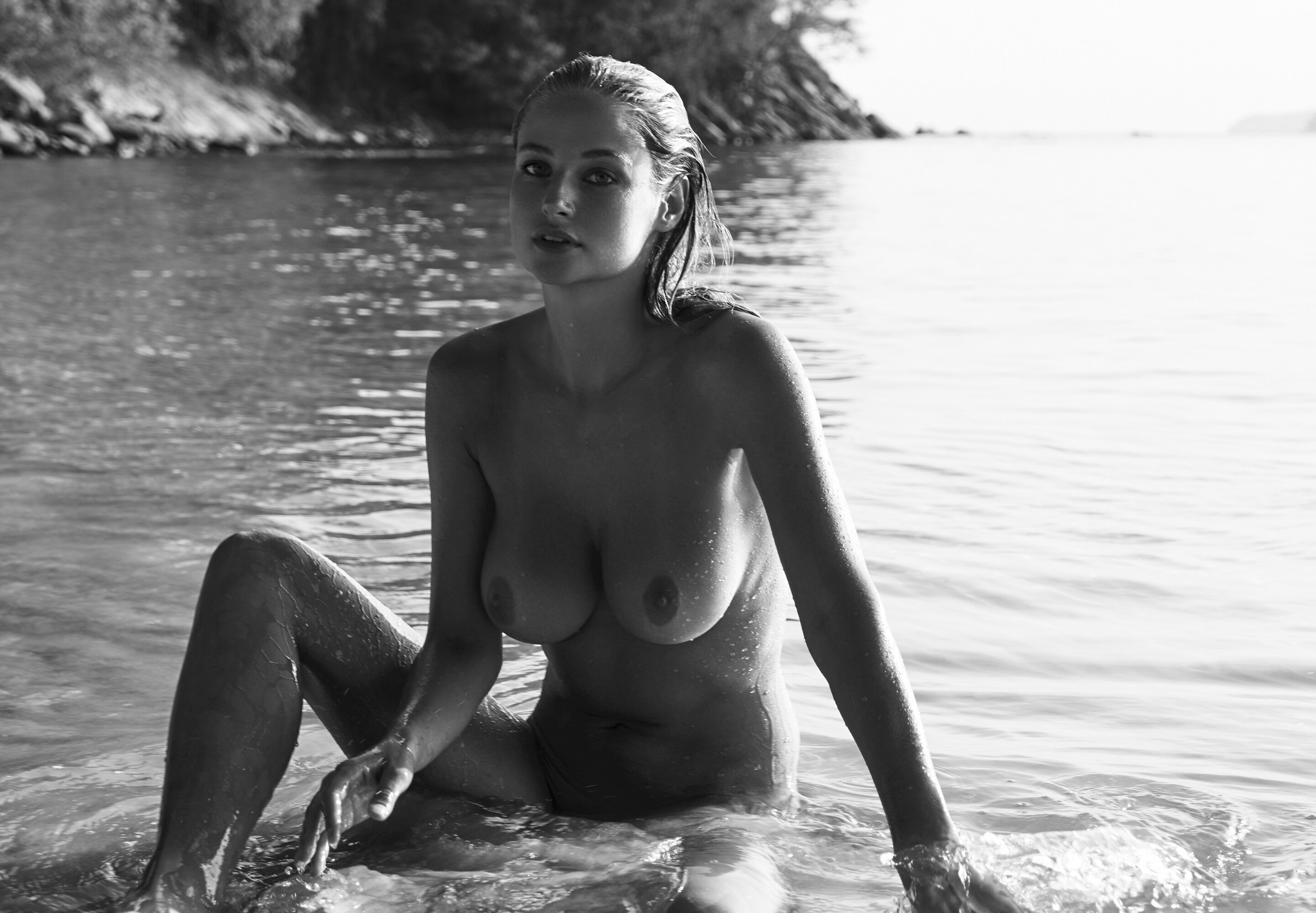 Genevieve Morton - 2017 Calendar Photoshoot