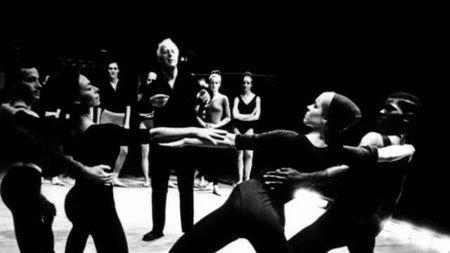(Fr5) Empreintes : Carolyn Carlson, le regard du geste (2009)