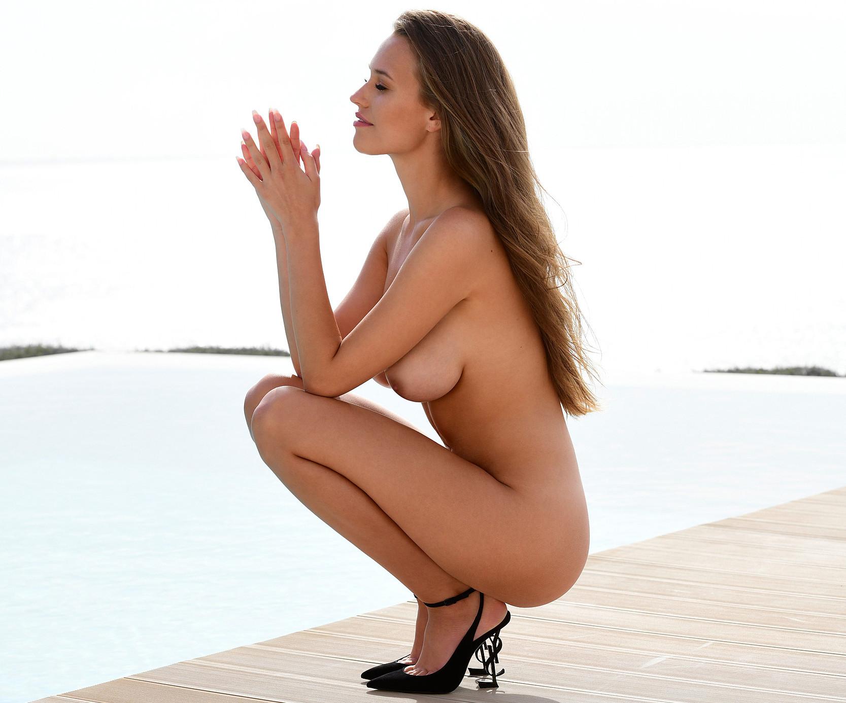 Laura Muller Playboy Germany February 2020 Coverstar Part 3 Avaxhome