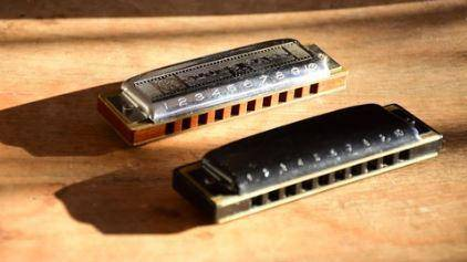 Harmonica Songs - Learn How to Play Five Famous Rock Songs