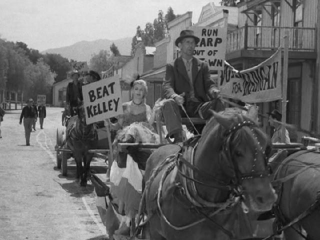 The Life and Legend of Wyatt Earp (1955–1961) [Season 3]