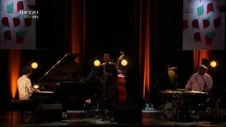 Ravi Coltrane New Quartet - Festival Jazzdor (2012) [HDTV 1080p]
