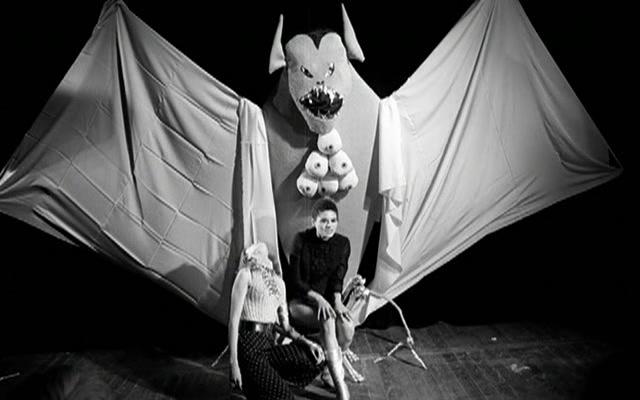 The.Rape.Of.The.Vampire.1968.720p.BluRay.x264-KG [PublicHD