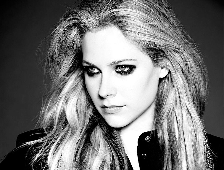 Avril Lavigne Mark Liddell Photoshoot 2013 For Vanity