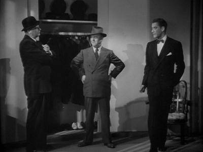 Footsteps in the Dark (1941)