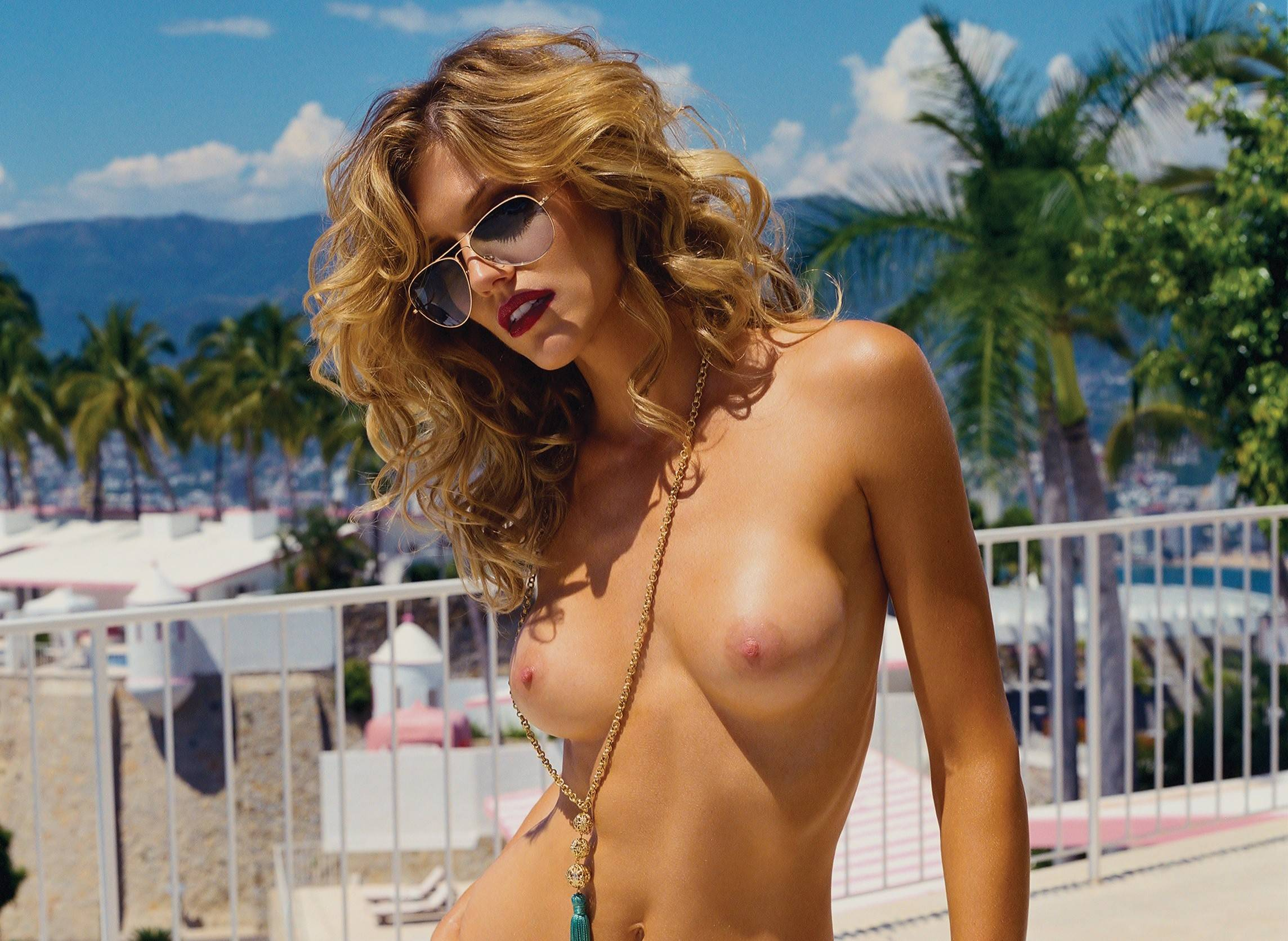Sexy Tricia Helfer Sexy Lingerie