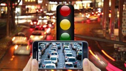 Traffic light with GSM Density checker using PIC16F877A