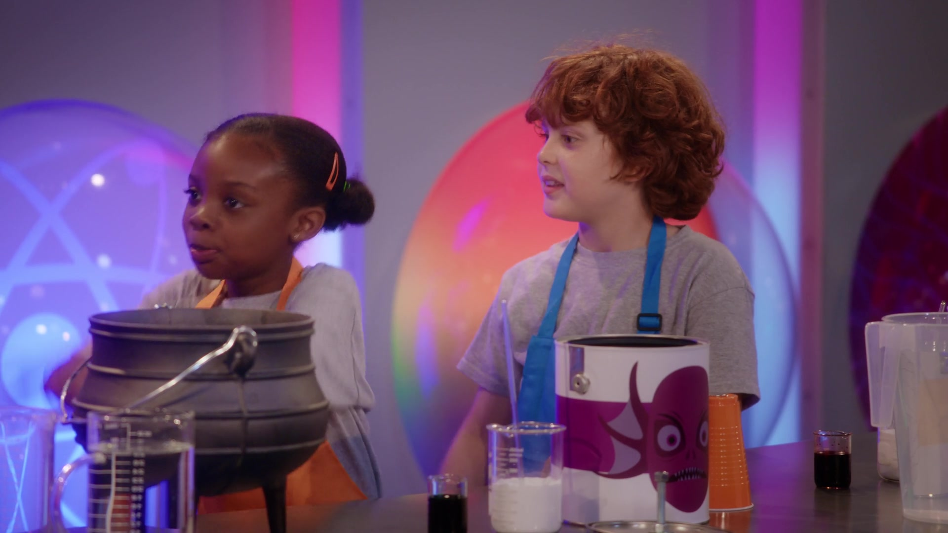 Emily's Wonder Lab S01E09