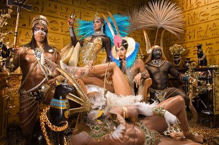 How to Photograph and Composite Group Portraits with Shea Coulee and Naomi Smalls (Gods of the Nile)