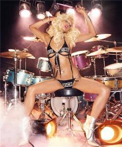 Paris Hilton - Stars Are Blind (Video Clip) + 84 Sensual Photos