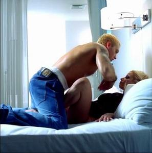Eminem - Superman (xxx version) Video
