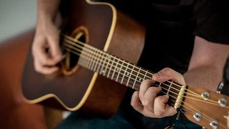 The Guitar Boot Camp : The Complete Guitar Guide - Beginners