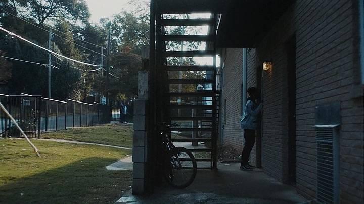ATLANTA S02E01