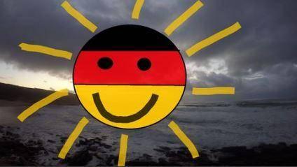 Basic Vocabulary+ Grammar Course - Learn German on the Beach (2016)