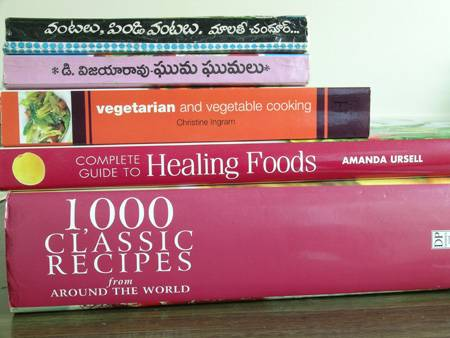 1000+ Cookbooks and Recipe Sheets