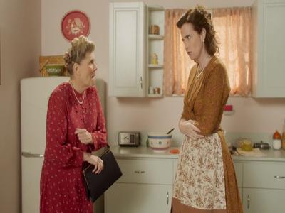 At Home with Amy Sedaris S02E08