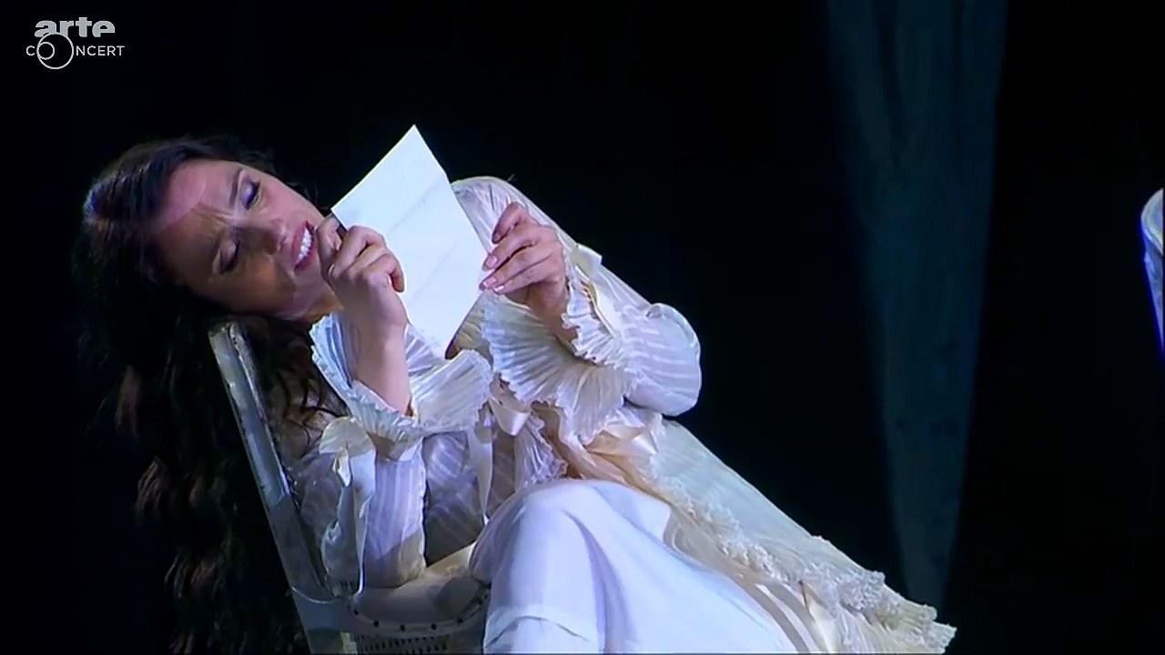 Giuseppe Verdi - La Traviata (Jaho, Rodríguez, Demuro / Palumbo) 2015 [HDTV 720p]