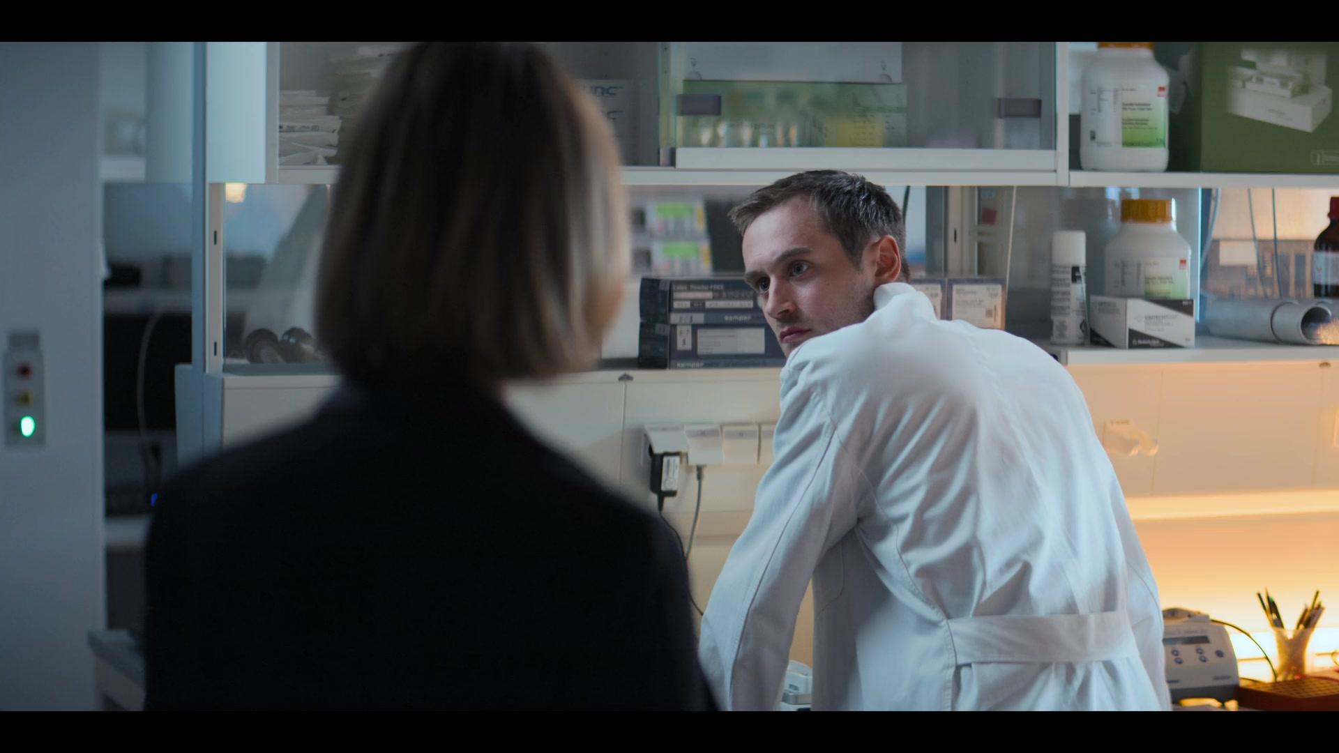 Biohackers S01E04