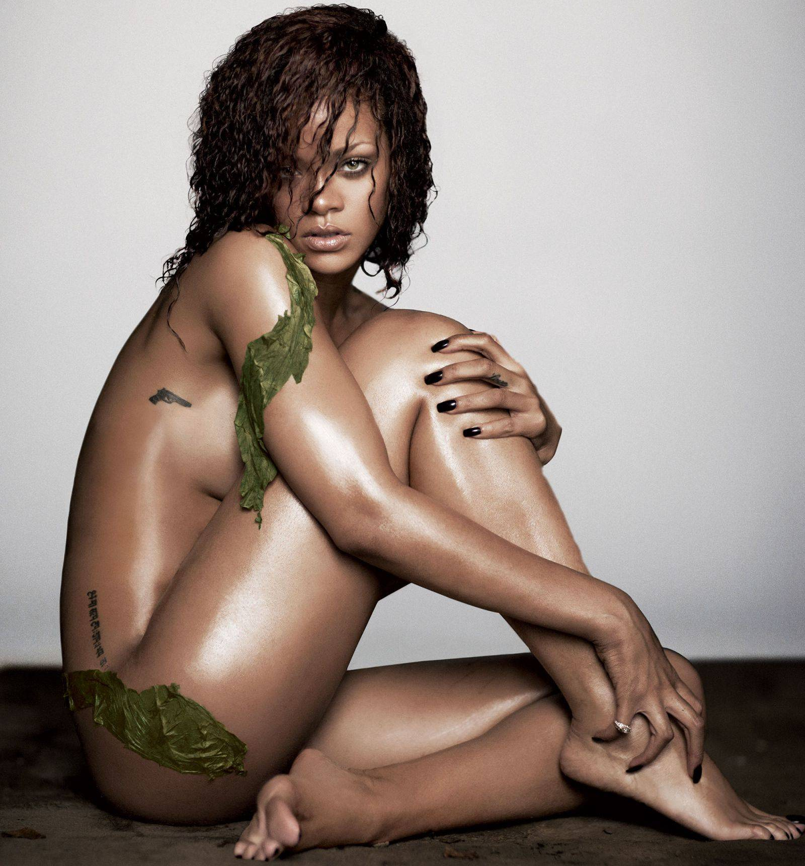 Rihanna, Chris Brown Come Face