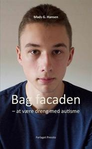 «Bag facaden» by Mads Hansen