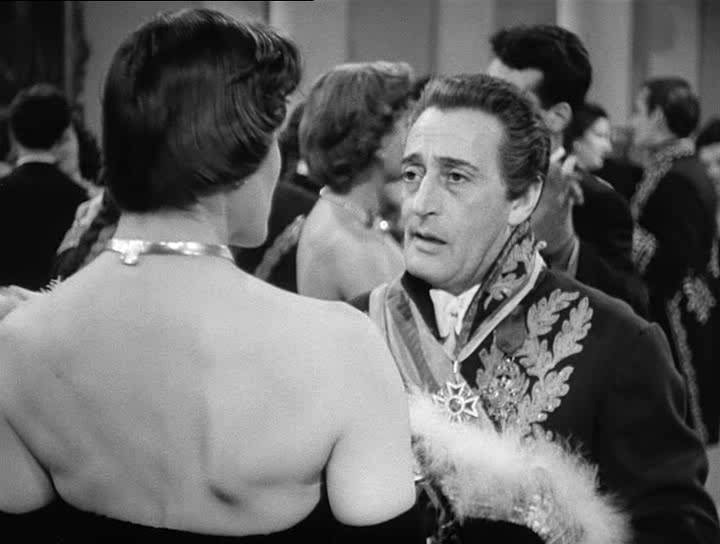 Totò Cerca Moglie (1950)