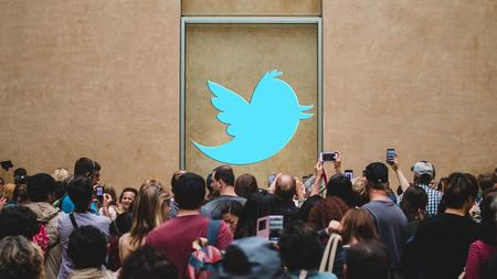 Twitter Celebrity Marketing: Using Twitter Influencers