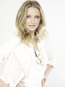 Cameron Diaz - Mark Abrahams Photoshoot, 2009 for Marie Claire - 113xHQ