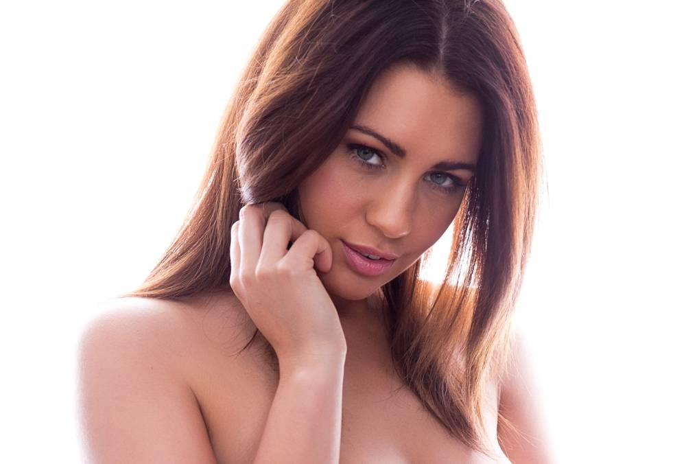 Holly Peers - Page 3 girl March 15, 2017