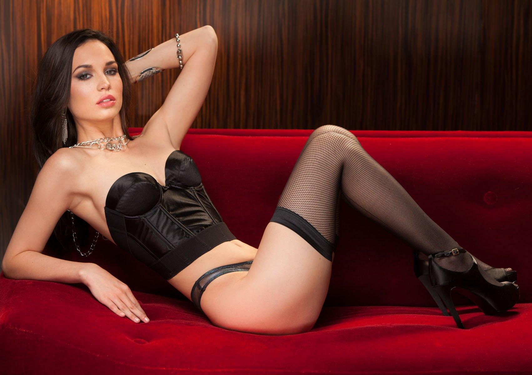 Фото шемале проституток приморский край проститутки