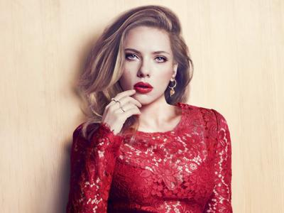 Scarlett Johansson by Txema Yeste for Marie Claire US May 2013