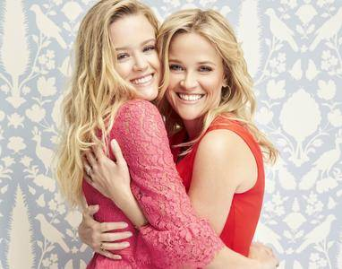 Reese Witherspoon & Ava Phillippe - Draper James Valentine's Day Campaign 2018