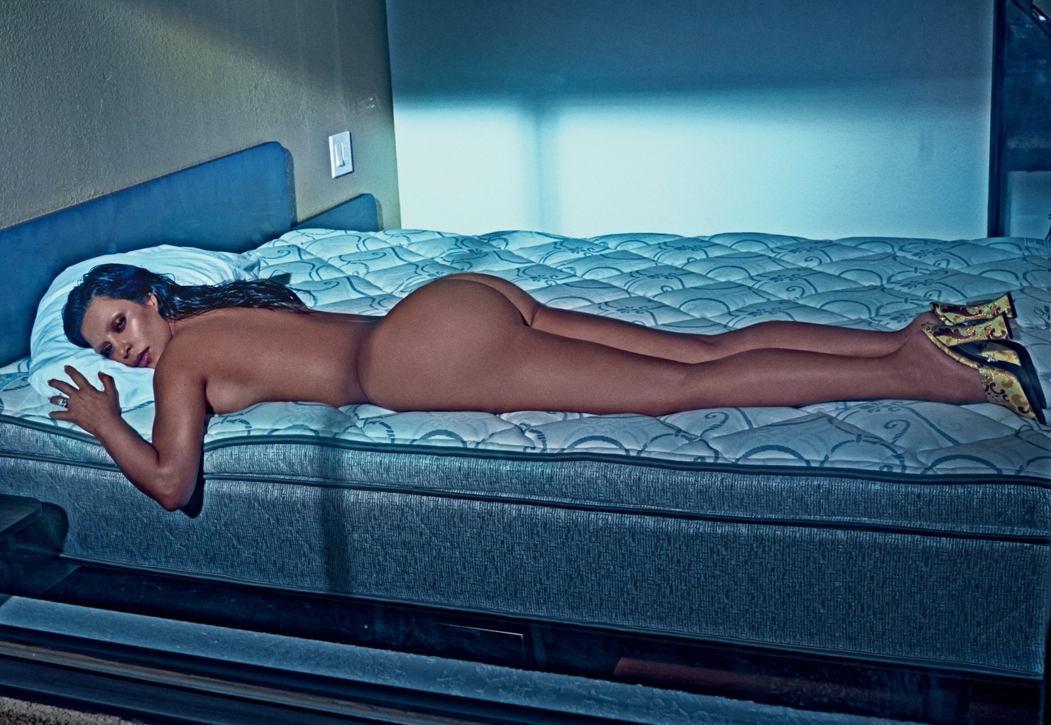 Pics of kim kardashian nude — photo 4