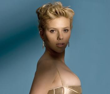 Scarlett Johansson by Todd Plitt for USA Today on July 11, 2005 (Repost)