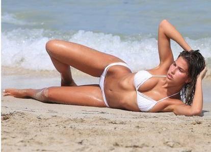 Kara Del Toro - Bikini Photoshoot Candids in Miami July 25-27, 2017