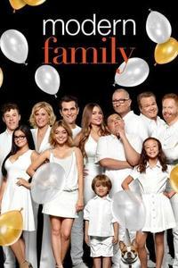 Modern Family S10E18