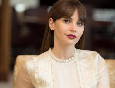 Felicity Jones by Peter Barreras at the 'Rogue One' Portrait Session