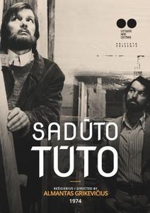 Saduto tuto (1974) [Restored]