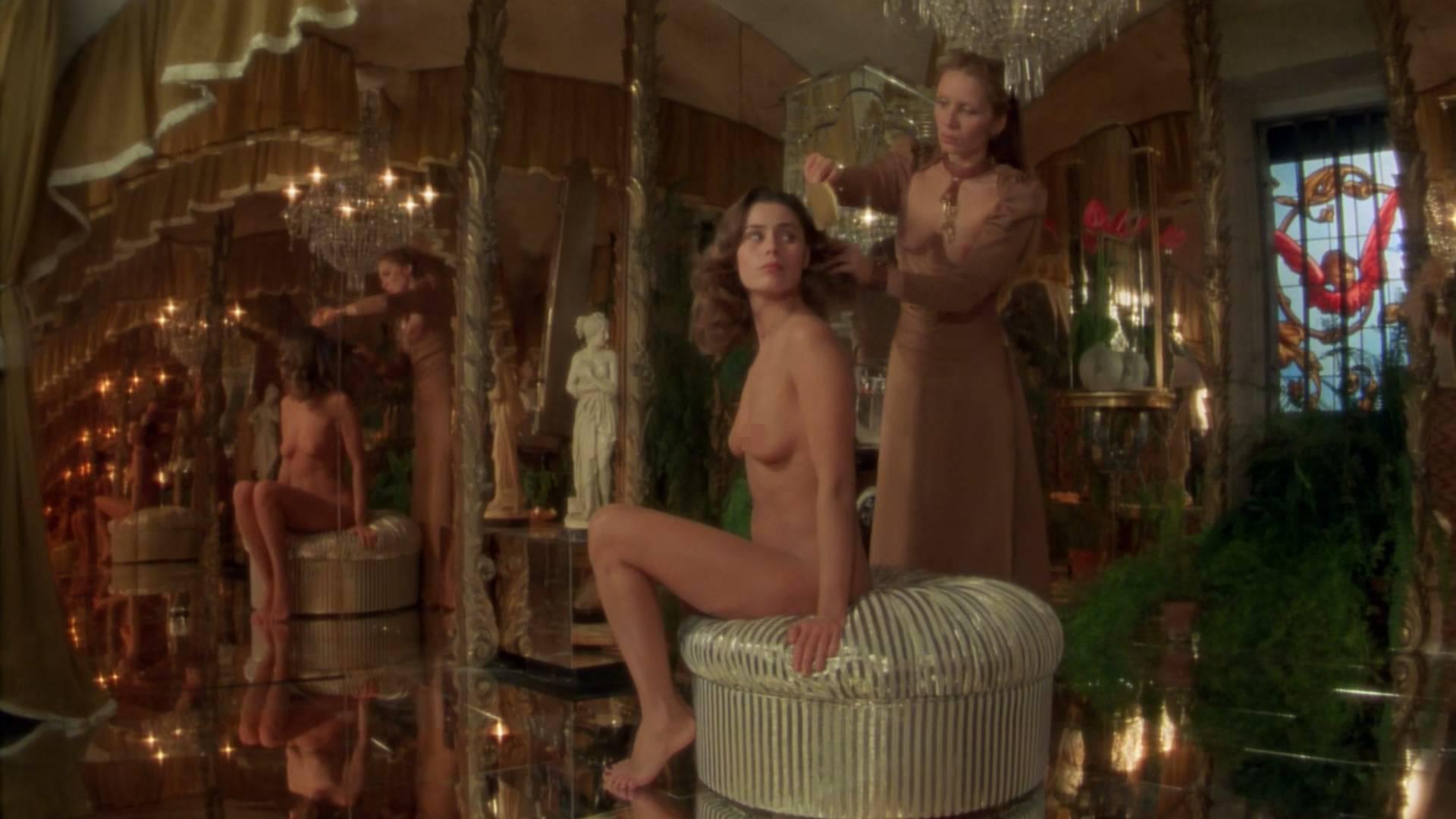 eroticheskie-filmi-pro-dvortsovie-utehi-starik-i-molodaya-telka