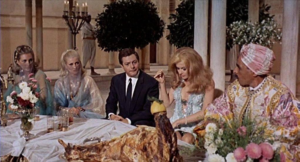 Kiss the Other Sheik / Oggi, domani, dopodomani (1965)